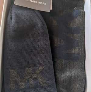 Michael Kors Men's Reversible Scarf and Hat Set Bl